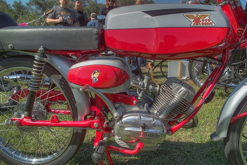 SDIM6723_4_5 - Moto Morini detail