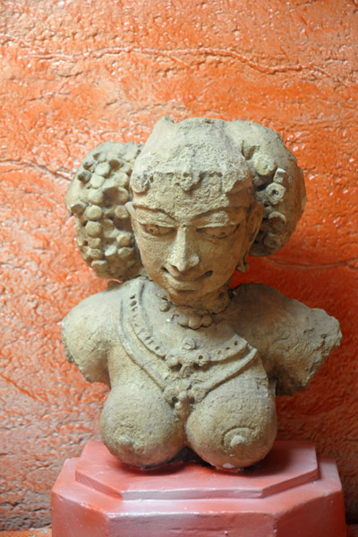 Female figure from Gollathagudi, Mahabubnagar District