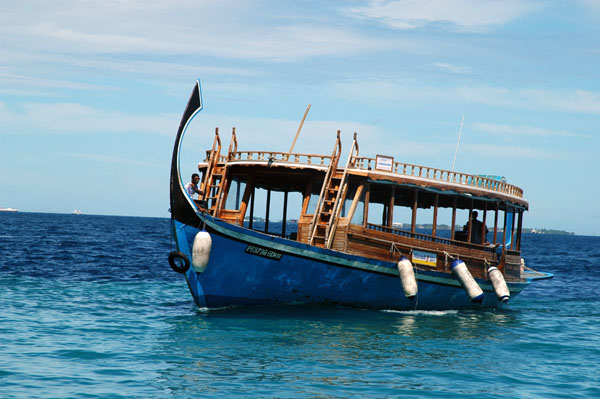 Typically Maldivan boat, the dhoni