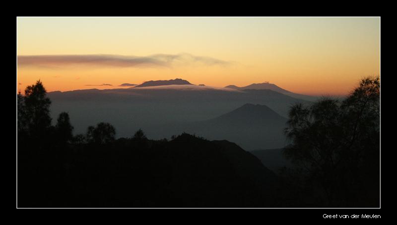 4114 Indonesia, sunrise at Bromovulkaan