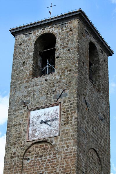 Old church tower.  Mary Ann got the <a href=http://tinyurl.com/jkz4a target=_blank>full church</a>.