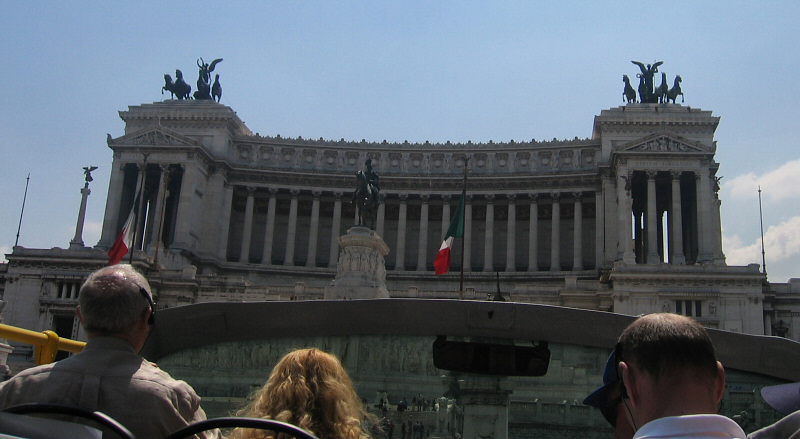 The much disliked 19th C Victor Emmanuel  memorial