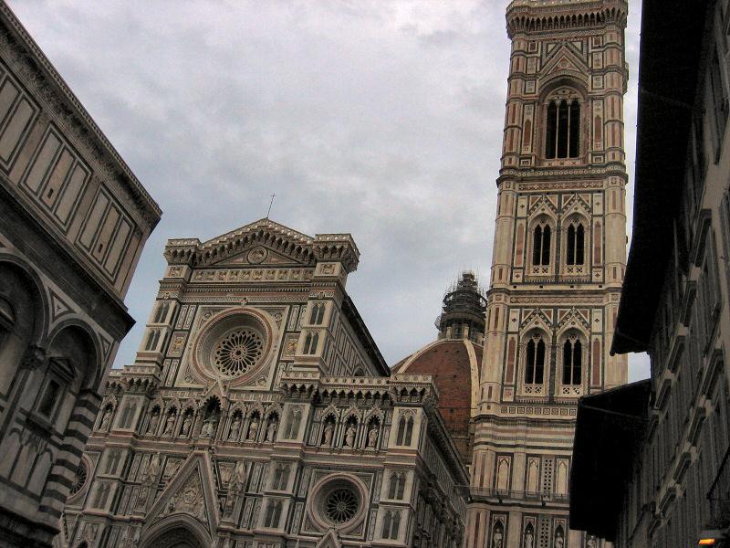 <a href=http://tinyurl.com/fduomo target=_blank><u>Duomo</u></a> and last views of Florence