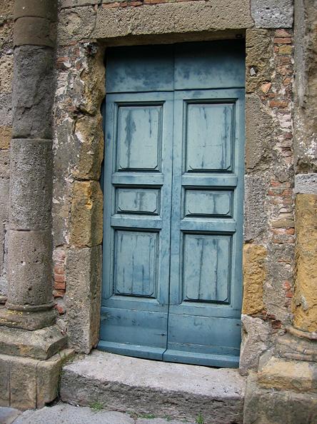 A favorite color for Volterra doors