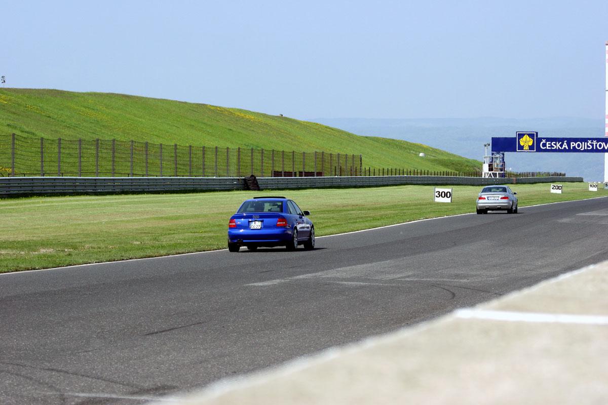 Nogaro Blue Audi S4 Most Autodrom 153.jpg