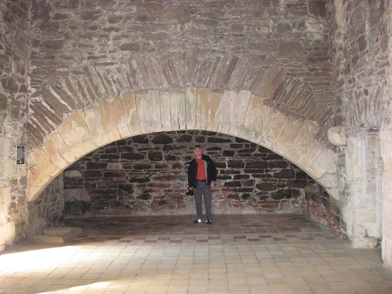 Kitchen fireplace in Doune Castle