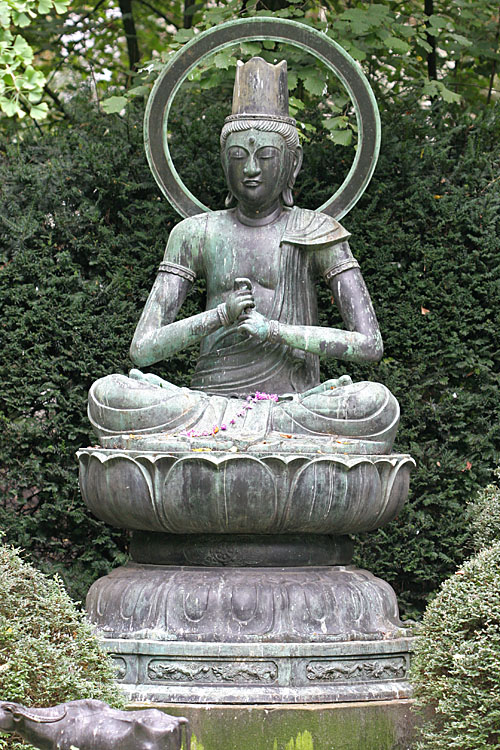 Grote zon Boeddha <br>Dainichi Nyorai  (1724)