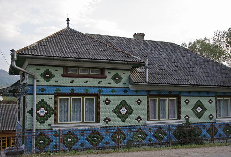 facade artwork
