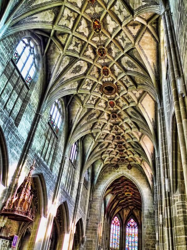 Swiss Gothic 22