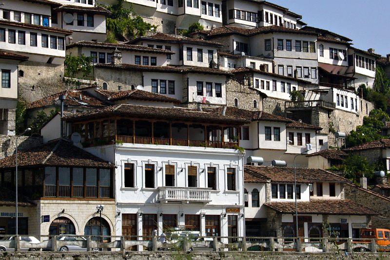 Berati - houses in Mangalem