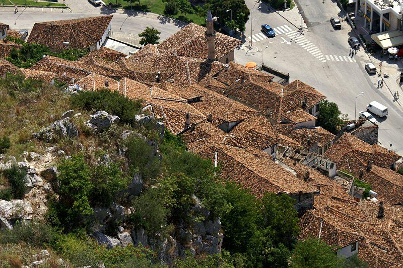 Berati - Mangalem rooftops