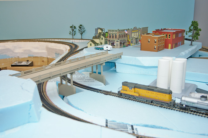 foam or no foam - Model Railroader Magazine - Model