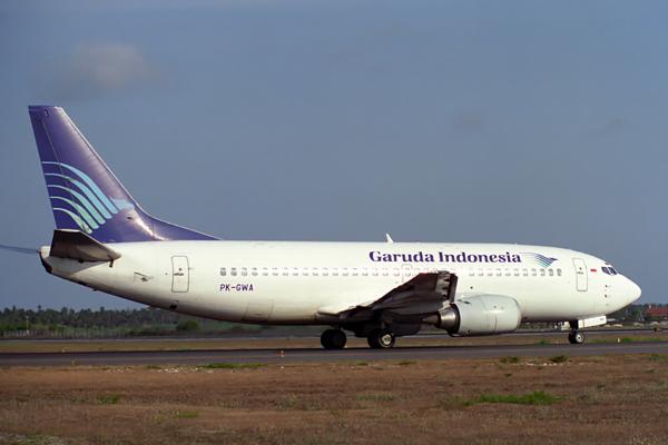 GARUDA INDONESIA BOEING 737 300 DPS RF 838 20.jpg