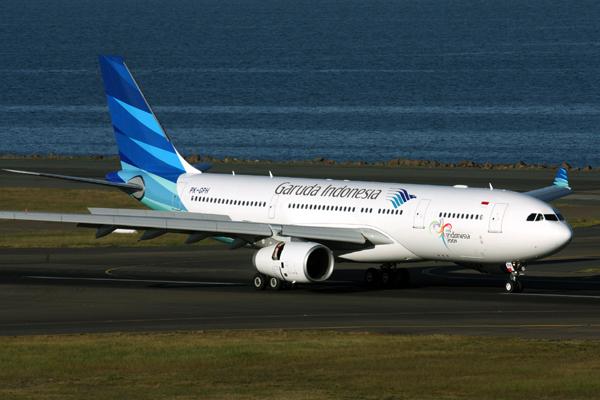 GARUDA INDONESIA AIRBUS A330 200 SYD RF IMG_2402.jpg