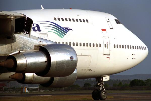 GARUDA INDONESIA BOEING 747 200 DPS RF 838 29.jpg