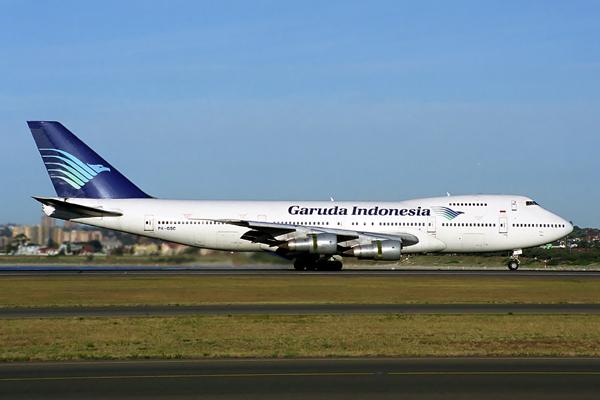 GARUDA INDONESIA BOEING 747 200 SYD RF 1494 15.jpg