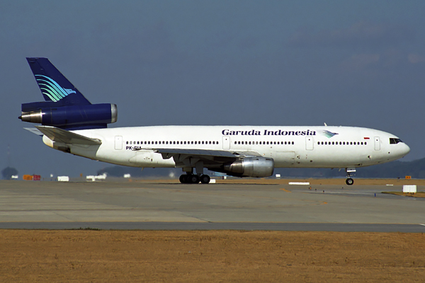 GARUDA INDONESIA DC10 30 ICN RF 1683 5.jpg