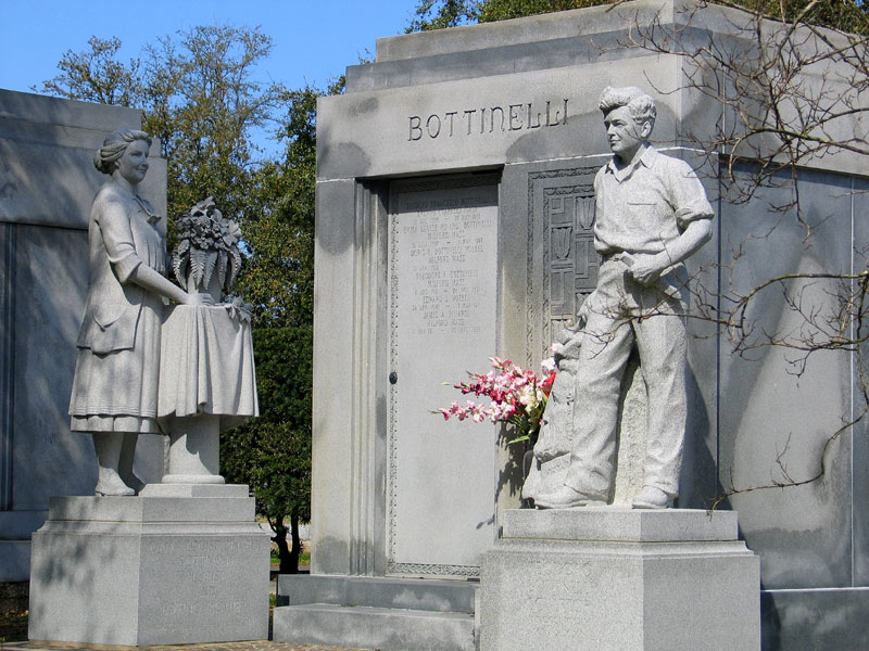 Bottinelli Tomb - Celebrating The Lives of Two People