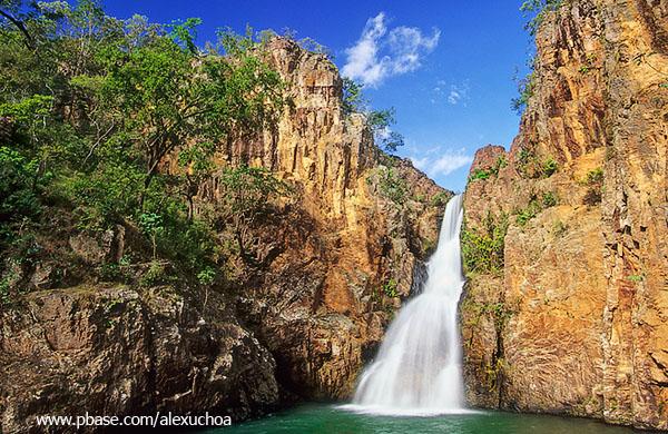 Cachoeira da caverna, Vale do Macaquinho, Chapada dos Veadeiros, GO