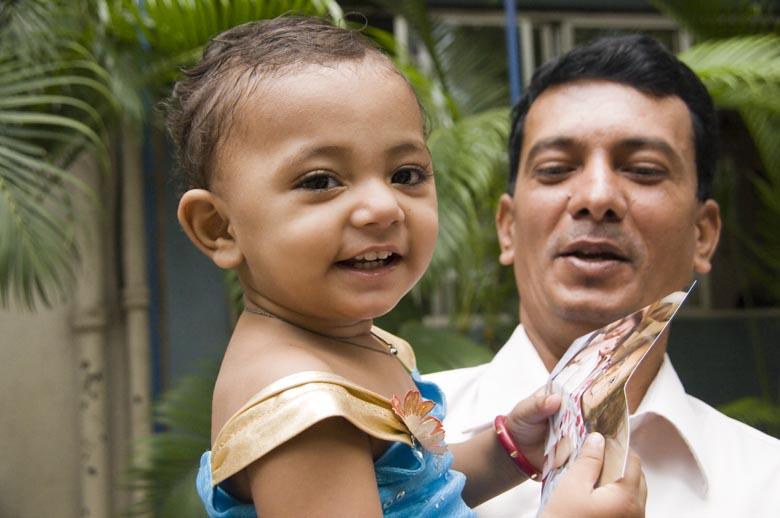 _DSC1645 husband and daughter Mumtaz Firoz Shaikh photo - Lieve