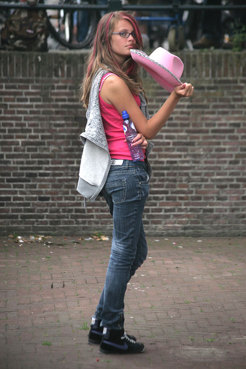 Girl with pink hat.