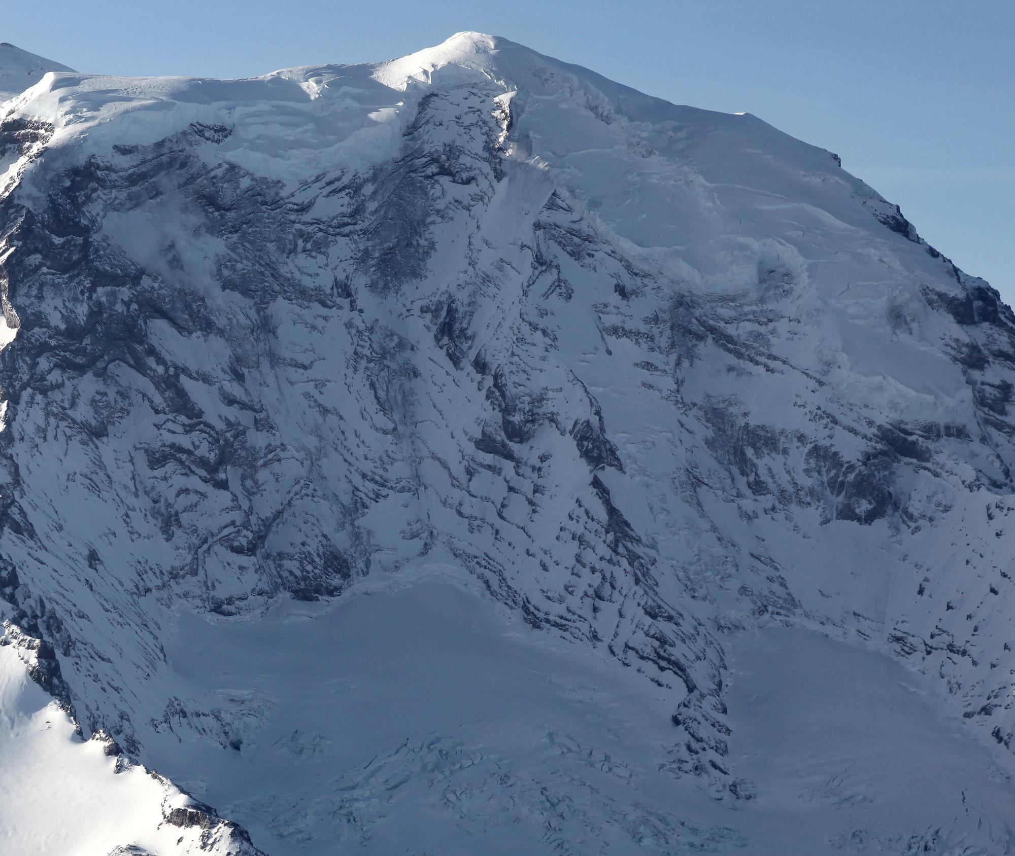 Liberty Ridge <br> (Rainier022009-_33.jpg)