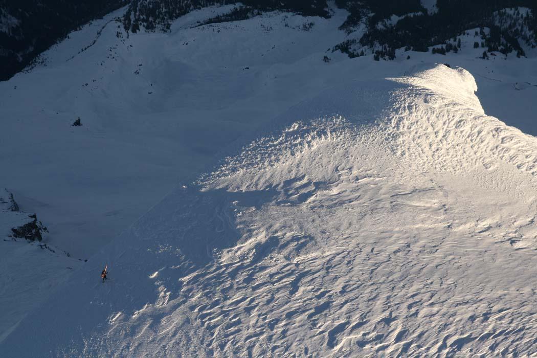 Baker, Solo Winter Ski Ascent:  <br>David Pinegar Approaching Summit Via NE (Cockscomb) Ridge <br> (MtBaker021708-_105.jpg)