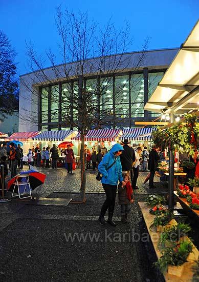 Dorfplatz (92297)