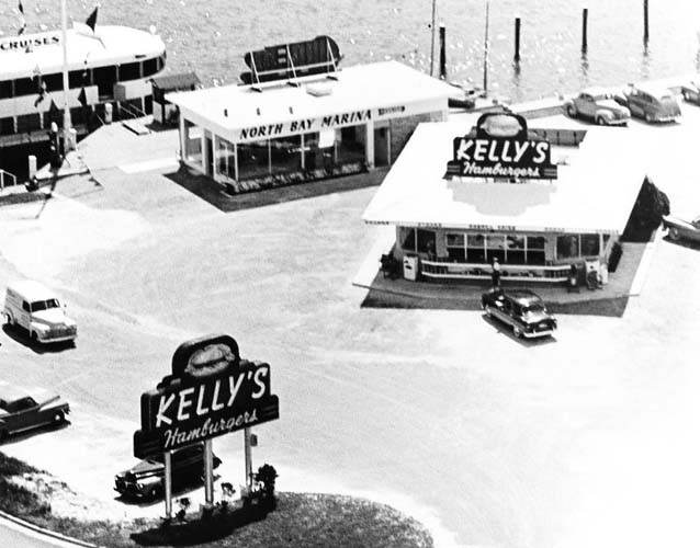 1950 - Kellys Hamburgers Drive-In (later Billys Drive-In) on 79th Street and Biscayne Bay next to the North Bay Marina