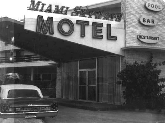 1961 - the Skyways Motel at 2373 NW 42 Avenue (LeJeune Road), Miami
