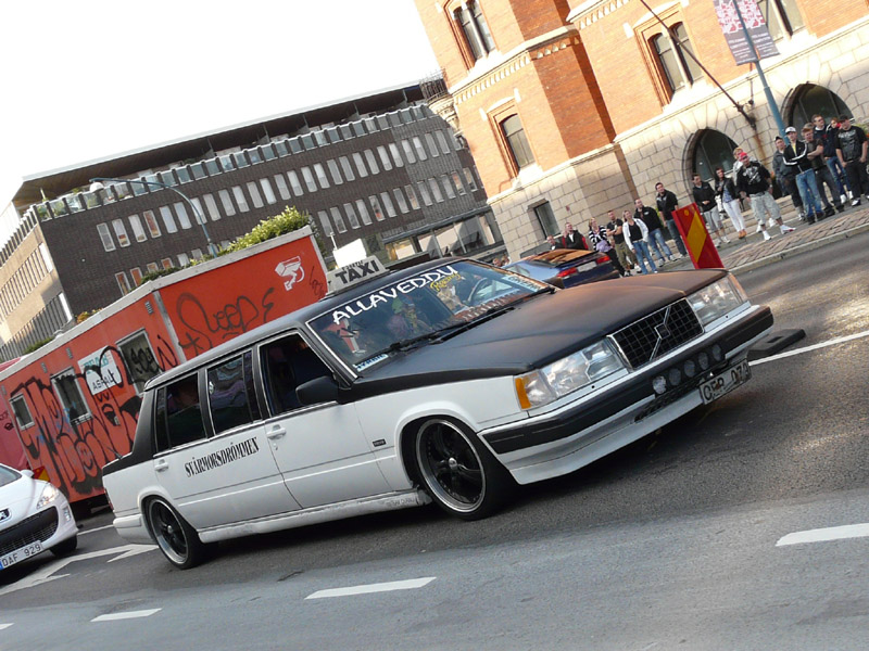 Put The 740 Limo On Galaxy Rims Today - Page 2 - Turbobricks Forums