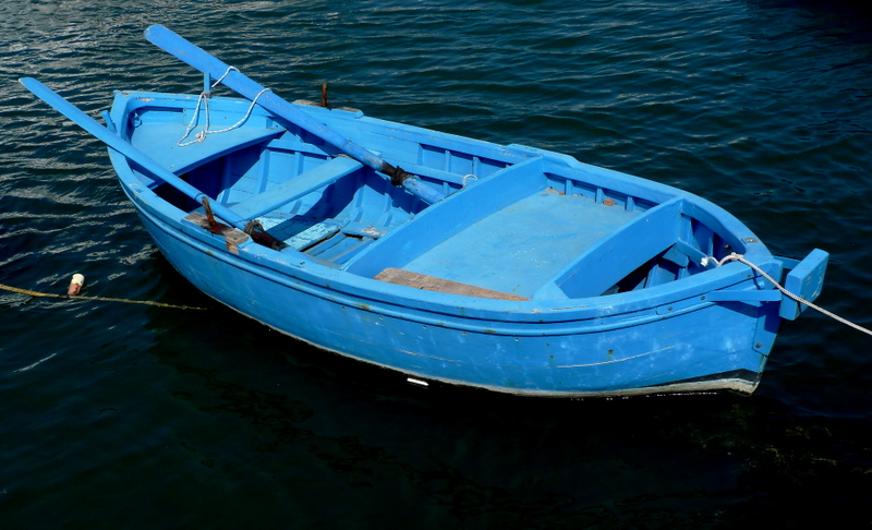 Transport by sea - Use the rowboat photo - Antonio Ruggiero