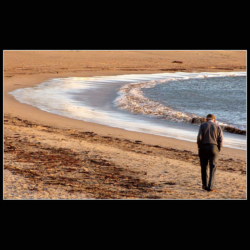 ... walking along the water ...