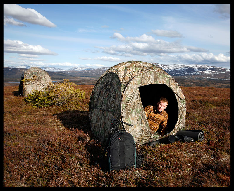 Pontus sniper Gustavsson inside our photohide