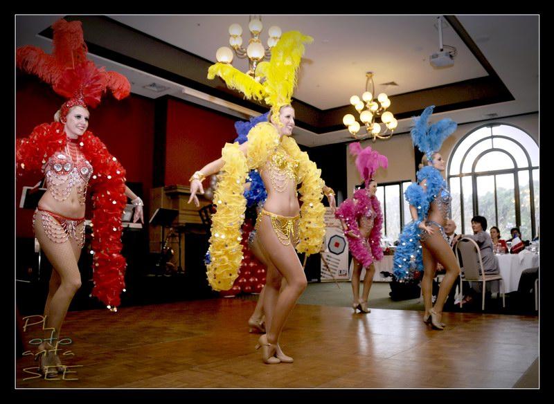 Moulin Rouge 06.jpg