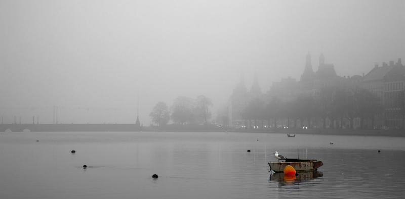 Heavy fog at Søtorvet and Lake Peblinge