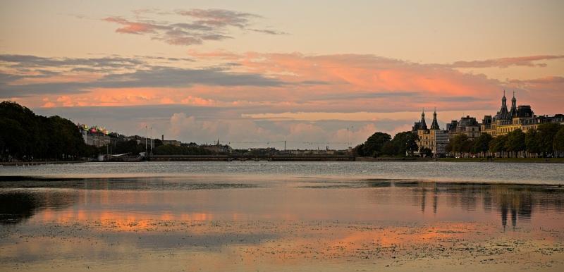 Søtorvet & Lake Peblinge pastel august sunset