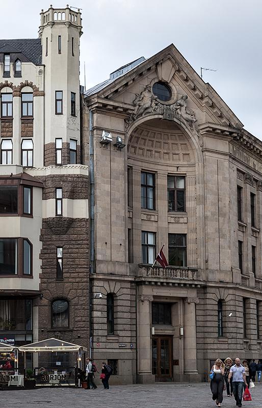 Everyday Art Nouveau
