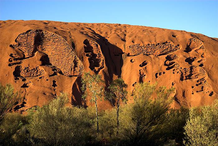 Dawn over Uluru (Ayers Rock)