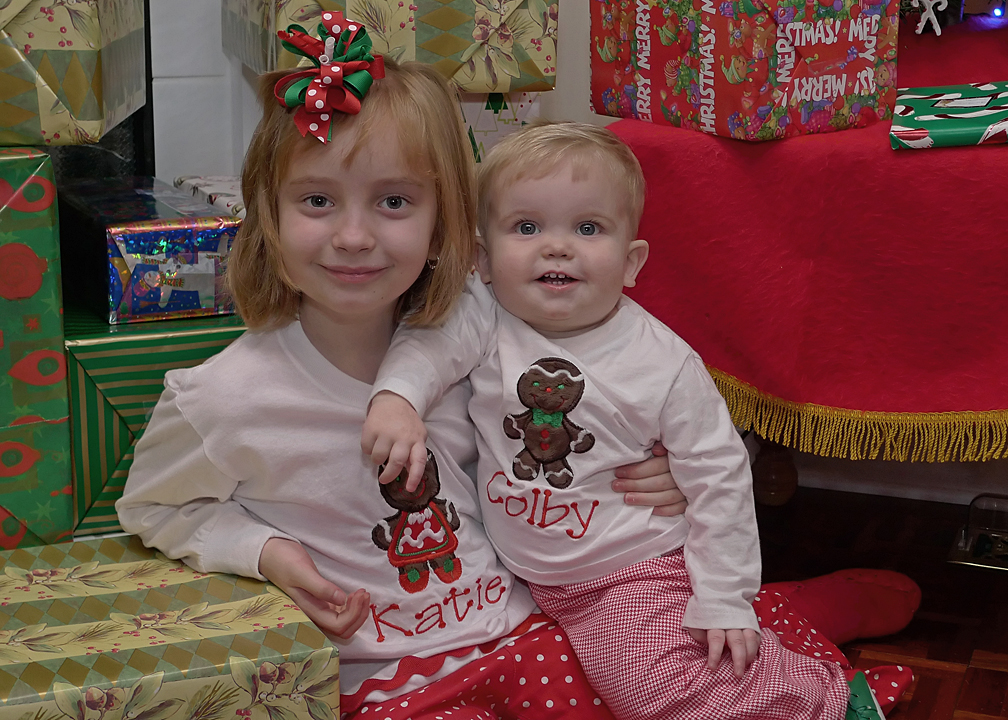 CHRISTMAS PORTRAIT - TAKEN WITH THE LX3 AND AN EXTERNAL FLASH