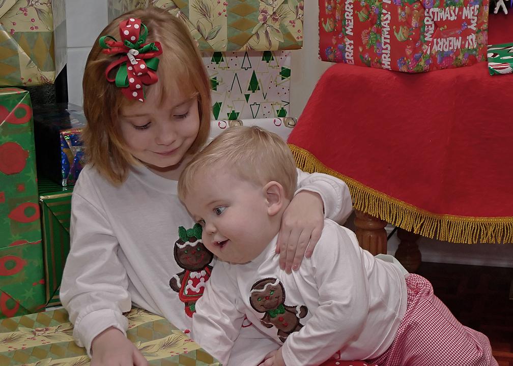 SISTER LOVES HER LITTLE BROTHER  -  ISO 200