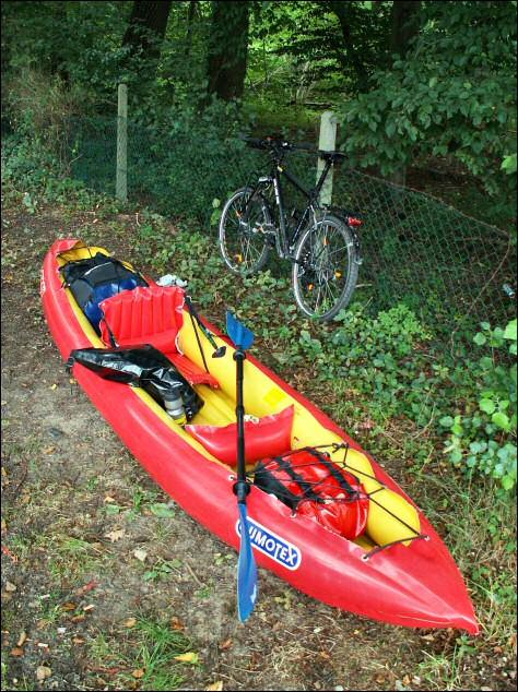 Vélo cadenassé au poteau, je peux maintenant me partir en kayak (suite...)