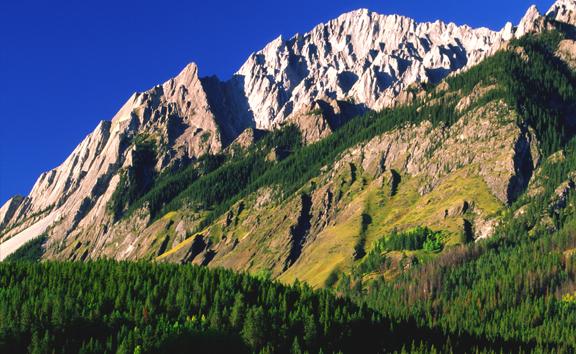(SG41) Flatirons in Canadian Rockies, Kananaskis Country, Alberta, Canada