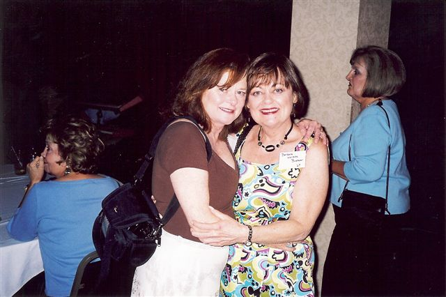 Patty Wallace Grear and her sister Barbara Wallace Boatner (CHS 68)