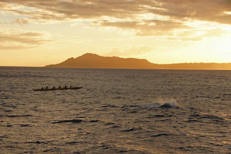 The Waves off Maunalua Bay