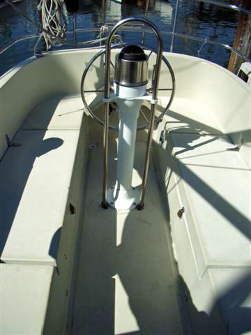 cocpit from companionway