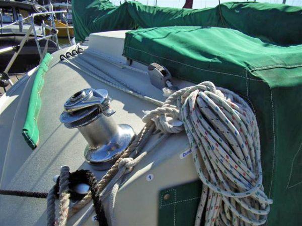 halyard winch / sun covers