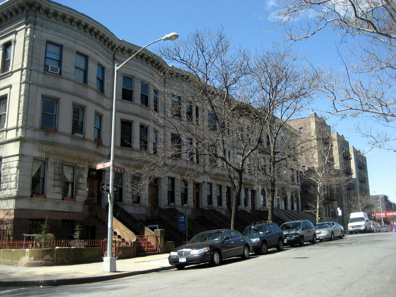 Walking in washington heights manhattan for 65 jumel terrace new york