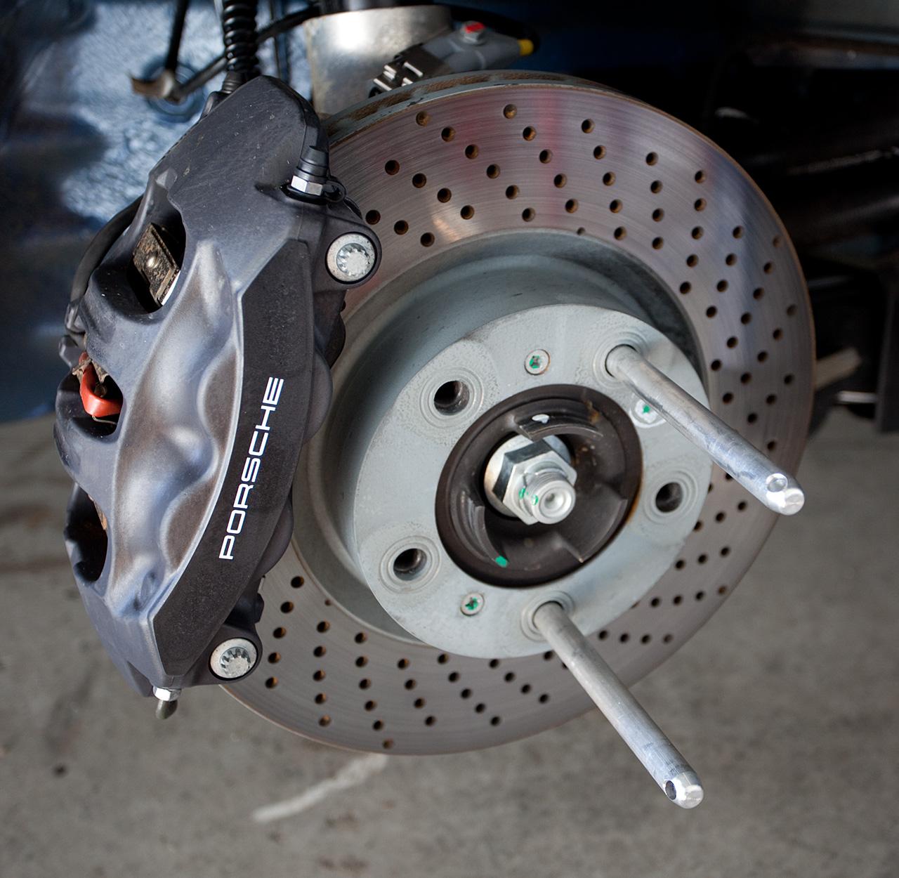 Porsche 997 C2s Engine Problems: 2009 C2 Vs C2S Brake Rotors