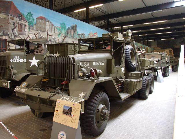 1801 G116 Ward LaFrance M1A1 1000 series 5